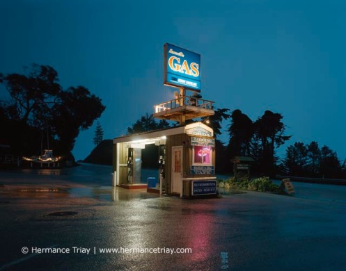 Gas station, Californie, 2010